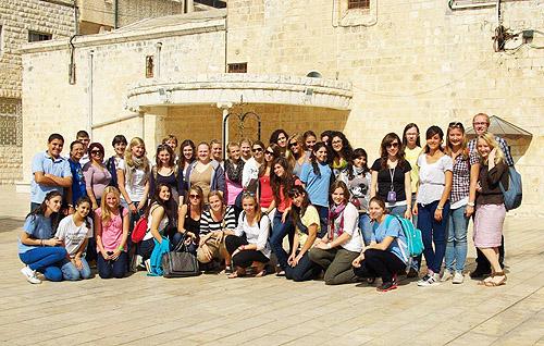 Marienberg-Schülerinnen zu Gast im Heiligen Land