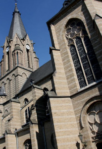 Erftdom: St. Mariä Himmelfahrt in Gustorf. Foto: TZ