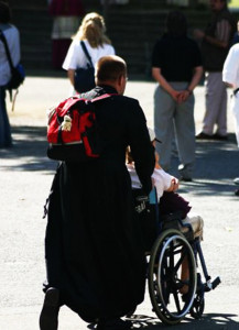 Im Nikolauskloster wird für die Kranken gebetet.