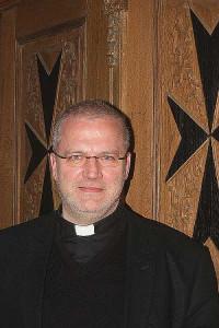 Der leitende Pfarrer Willi Steinfort verlässt Grevenbroich. Foto: TZ