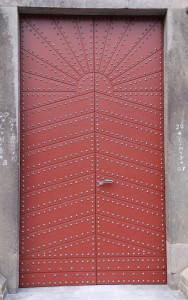 So sieht die restaurierte Tür fürs Südportal aus.