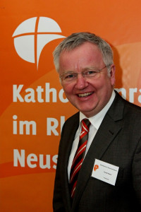 """Cornel Hüsch wird """"Ritter des Silvesterordens"""""""