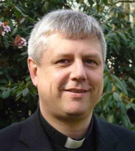 Priesterliche Verstärkung in Neuss