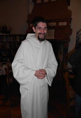 Frater Rafael - hier bei der Einkleidung.