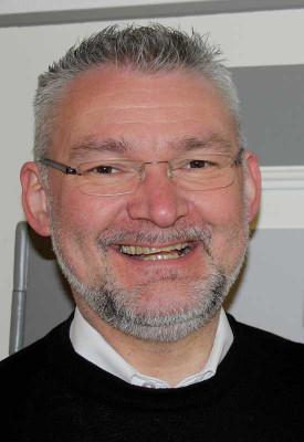 Pfarrer Stelten freut sich auf die neue Orgel. Foto: TZ