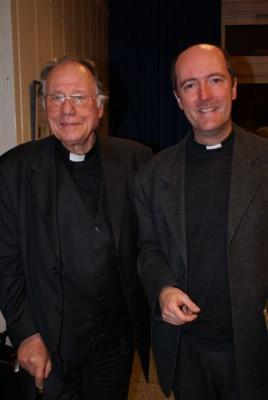 der alte und der neue Oberpfarrer von St. Quirin, Dr. H.D. Schelauske und Guido Assmann