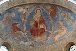 Das Christus-Fresko in der Knechtstedener Basilika wird einer sogenannten restauratorischen Wartung unterzogen. Foto: TZ