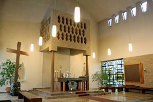 In die Kirche St. Joseph in der Grevenbroicher Südstadt sollen die im Pfarrheim untergebrachten Versammlungsräume integriert werden. Foto: TZ