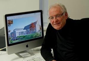 Pfarrvereinsvorsitzender Helmut Coenen mit den Plänen fürs Martinus-Forum. Foto: TZ