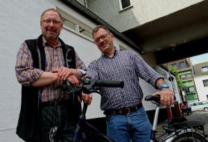 Diakon André Kleinen (links) und Jürgen Weidemann. Foto: TZ