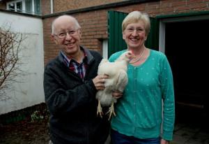 Hanjo und Klara Kron halten selbst Hühner. Foto: TZ