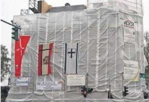 Das Haus St. Stephanus ist vollständig eingerüstet.