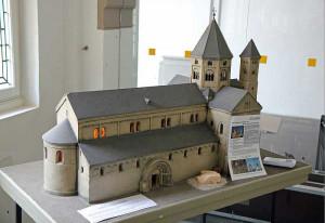 Bei der Ausstellung ist ein Modell der Basilika zu sehen. Foto: TZ
