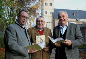 Neues Buch: Dr. Klaus Schulte, Dieter Schlangen und Gerd Reibel (v. l.).