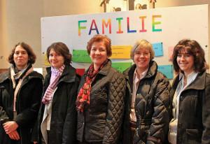 Dieses Quintett organisiert die Familienmessen an St. Peter.