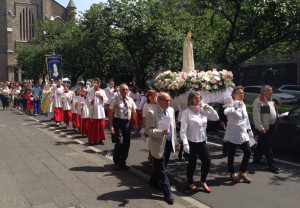 Kirche kennt keine Grenzen – Portugiesen und Deutsche feiern gemeinsam Fatima-Fest