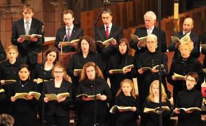 Die Freiburger Domkapelle singt bei der 20. Romanischen Nacht.