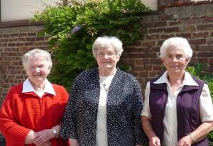 Seit 60 Jahren dabei: Helene Güsgen, Odilia Weitz und Maria Breitmar.