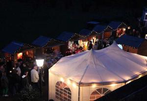 Der Nikolausmarkt am Nikolauskloster wird in diesen Tagen organisiert.