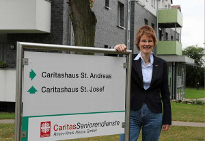 Pflegedienstleiterin Hildegard Dahm freut sich aufs Jubiläum. Foto: TZ