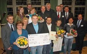 Hermann-Straaten-Preis: die Gewinner, Juroren und Vorstandsmitglieder. Foto: TZ