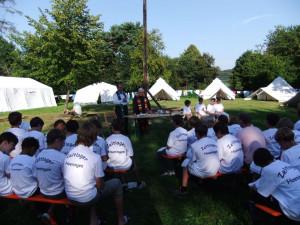 Beim Zeltlager Hoeningen wurde auch ein Gottesdienst gefeiert.