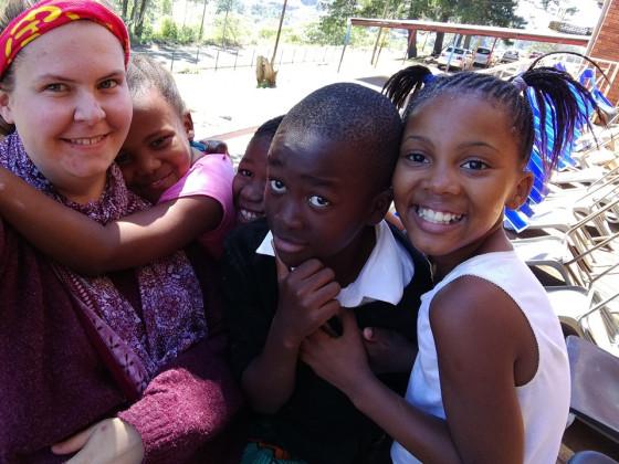 Ein Jahr bei einem Orden und den Menschen vor Ort: MaZlerin Franziska Lasser in Südafrika.