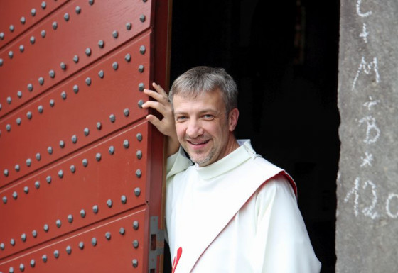 Der voriges Jahr in Knechtsteden zum Priester geweihte Spiritaner-Pater Olaf Derenthal berichtet in einem Blog aus Afrika. Foto: TZ