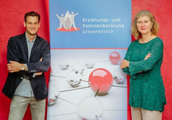 Kinder im Blick: Thomas Overlöper, Diplom-Sozialarbeiter, und Birgit Röttgen, Diplom-Psychologin.