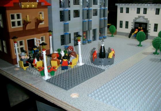 Regelrechte Kunstwerke aus Lego-Steinen sind in Grevenbroich zu sehen.