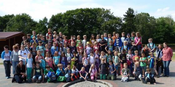 Elsbach/Erft: Kommunionkinder im Spieleland
