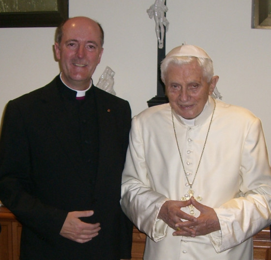 Priesterjubiläum in Rom – Benedikt XVI. grüßt Neuss