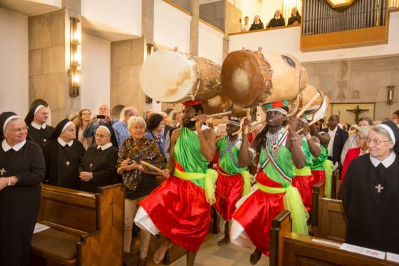 50 Jahre Burundihilfe - ein Stück Burundi mitten in Neuss!