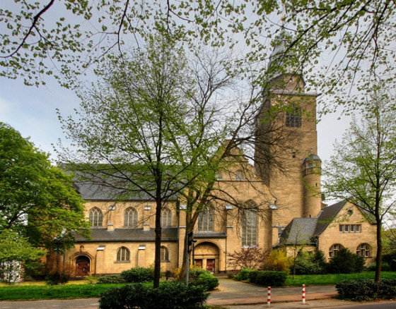 Bürokratie-Posse um barrierefreien Kircheneingang