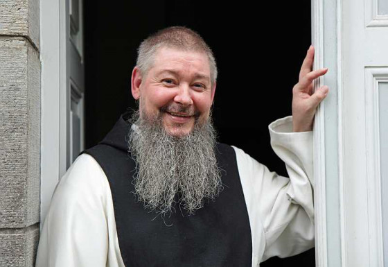 Frater Martin hat sich ans Kloster Langwaden gebunden. Foto: TZ