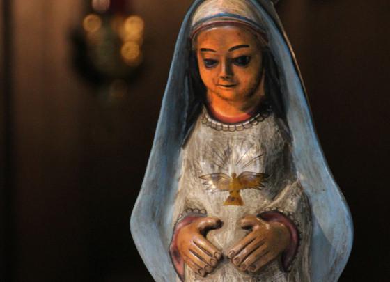 Die schwangere Maria - eine Kopie aus Peru - wird rund ums Nikolauskloster getragen.