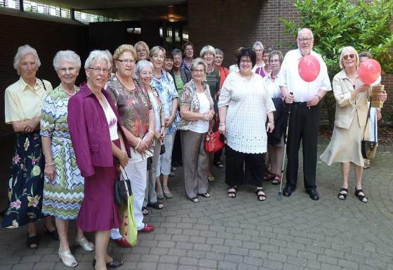 Die Dormagener Caritas-Frauen haben Diakon Peter Platz verabschiedet.