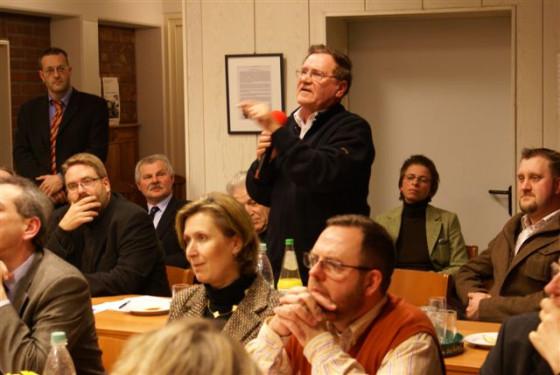 Wenn der Katholikenrat zusammentritt, wird manchmal heiß diskutiert (Foto: Archiv).