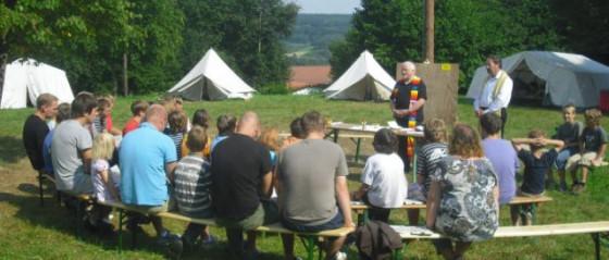 Feldmesse beim Zeltlager der Jungen aus Hoeningen.